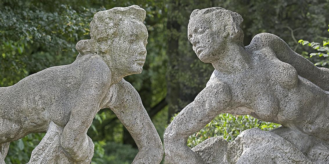 Hamburg Stadtpark Skulpturen 2 Badende Frauen