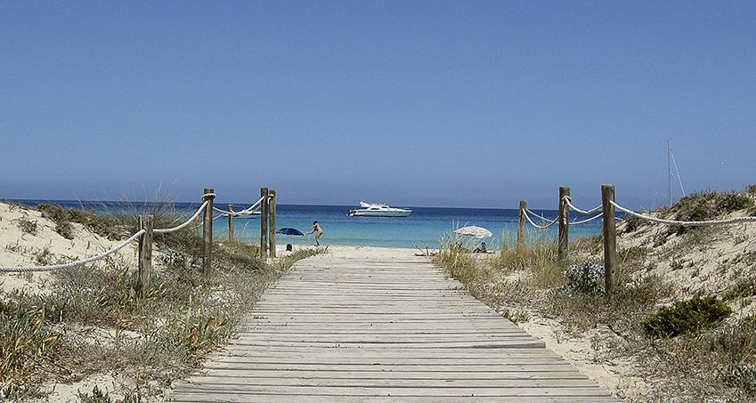 Adéu Formentera Zugang zum Strand Llenante
