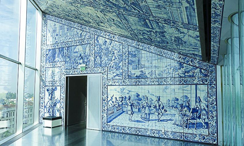 Casa da Música Porto kleines Foyer blau