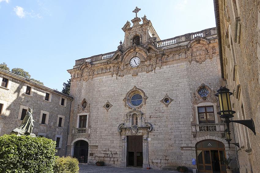 Mallorca Antik Santuari de Lluc Basilica