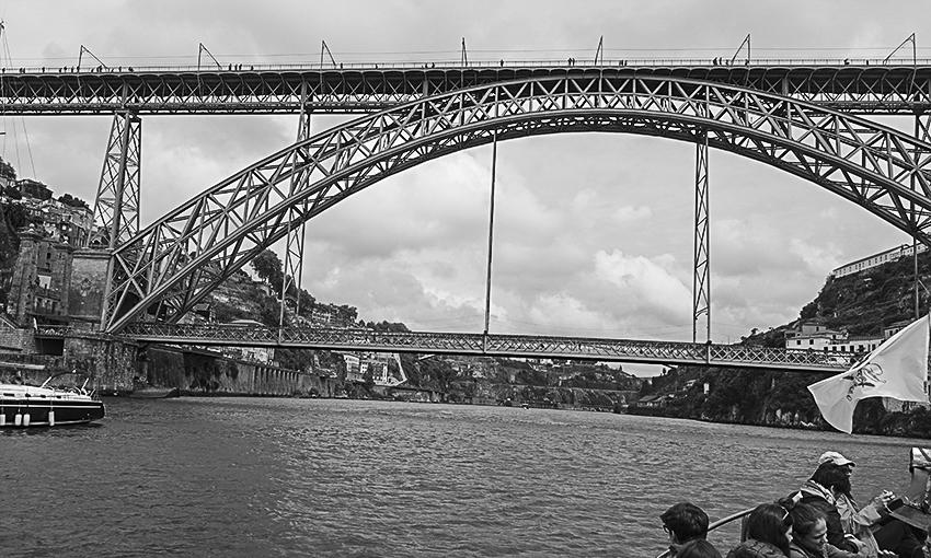 PORTO die barocke Stadt am Douro Brücke Dom Luis I