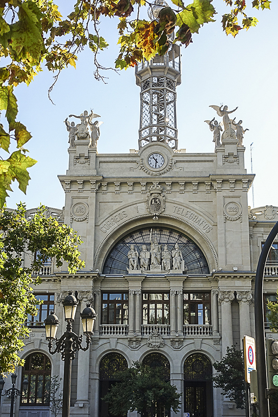Hauptpost Valencia Valencia, die lebendige Stadt am Mittelmeer