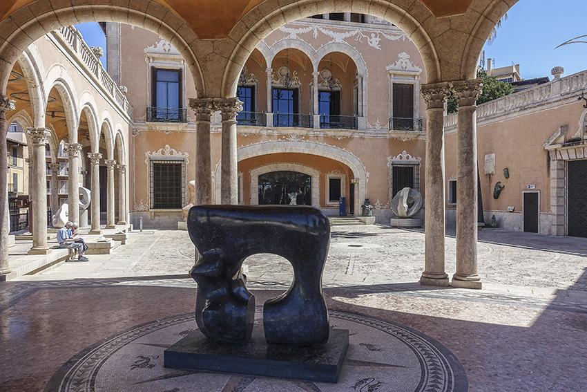 PALMA de Mallorca ein Kulturausflug Palau March Fundación Bartolomé March