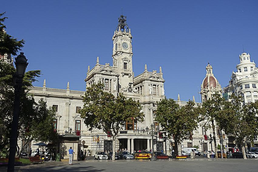 Rathaus Valencia, die lebendige Stadt am Mittelmeer