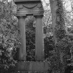 Ohlsdorfer Friedhof Säulen Grabmahl